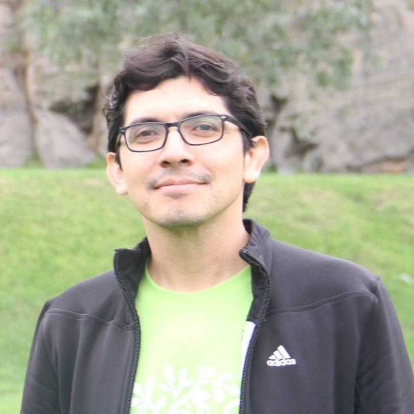 Enrique Loyola, SJ