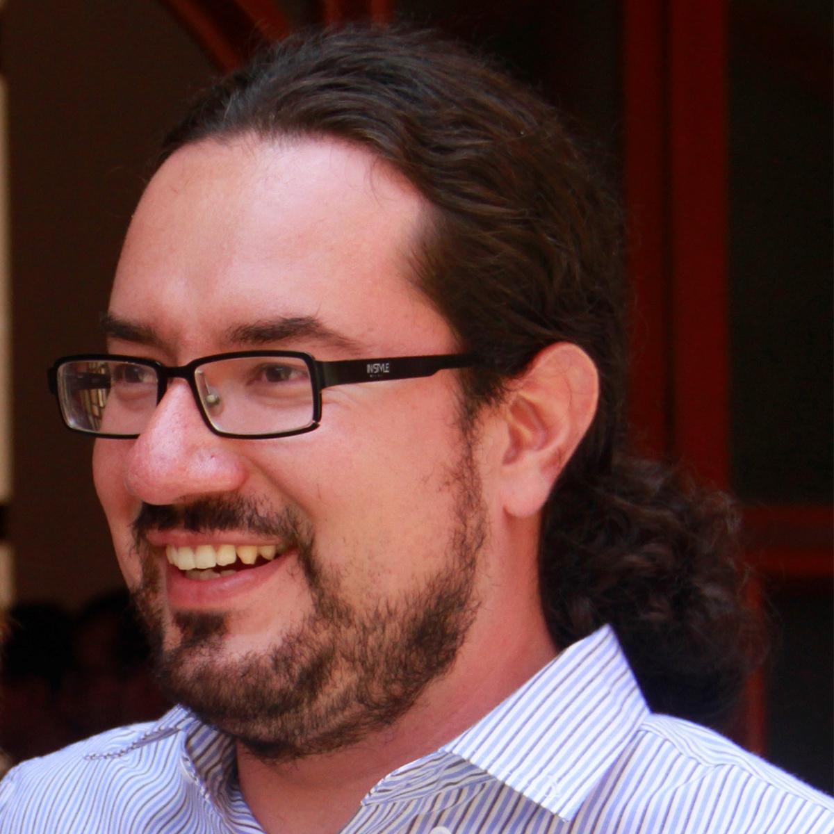 Carlos Morales, SJ